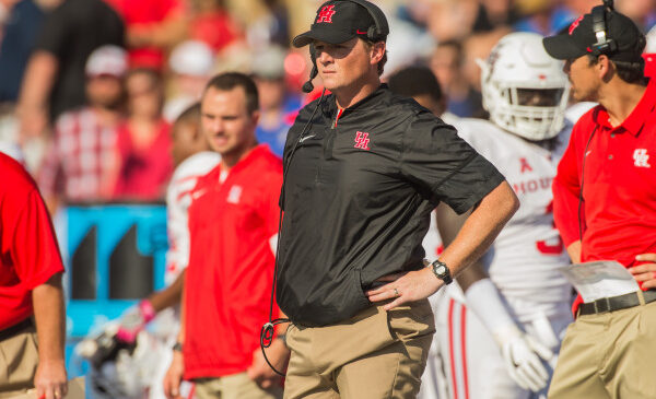 Major Applewhite fired at Houston