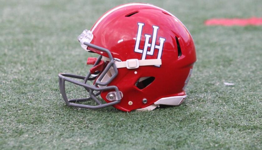 UH Cougars 2018 throwback helmet